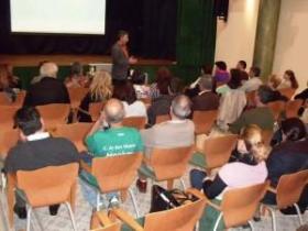 Conferencia sobre: Platón y la práctica del diálogo filosófico