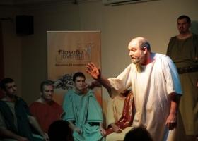 Representación de La muerte de Sócrates con motivo del Día Mundial de la Filosofía en Barcelona