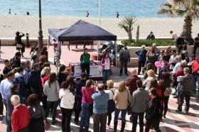 Los valores femeninos, protagonistas del paseo marítimo de Almería el 8 de marzo
