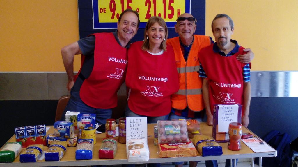 Nueva Acrópolis Sabadell colabora con la campaña de voluntariado de Rebost Solidari.