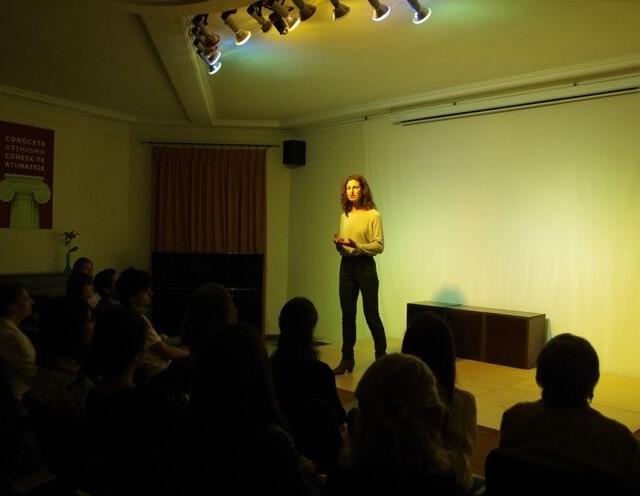 Recital Poesía inconformista en Nueva Acrópolis Barcelona.