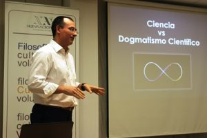 Ciencia vs dogmatismo científico. Acrópolis Almería.